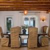 来自法国修道院有300年历史的室内古董餐桌